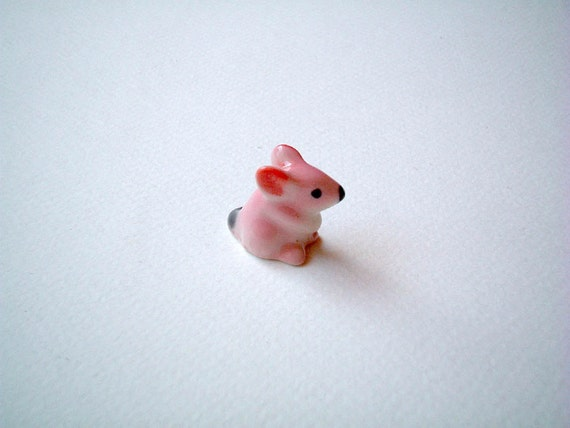 Little Pink Ceramic Mouse, mouse figure, ceramic animal, little animal, small, tiny mouse, hamster, miniature mice, mini mouse, iammie