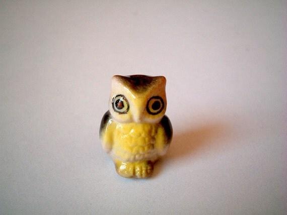 Owl Figure, miniature ceramic owl, brown yellow with black wings, tiny animal, mini animal, miniature ceramic, tiny, little owl, decoration