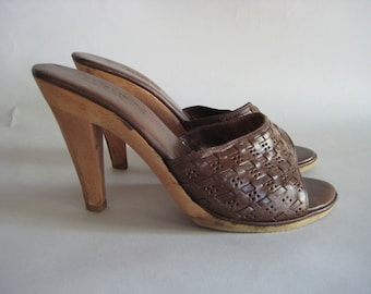 Vintage 70's /80's Woven Leather Peep Toe Platform Heels/Mules made by Buskers