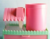 Dreamy 80s Vintage Pencil Holder in Pink and Pistacio Colours
