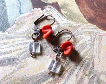 MA PUCE Glass beads and glass paste flower earrings