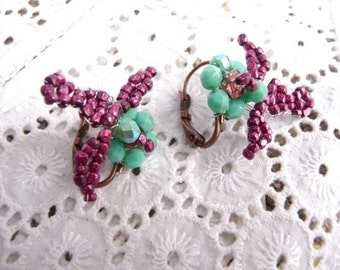 Oiseaux turquoise and pink metallic Antique glass beads birds on flowers earrings