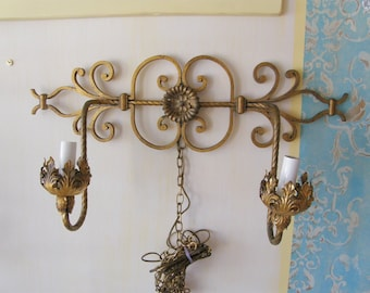 vintage retro shabby chic sconce light tole metal scrolly wonderful