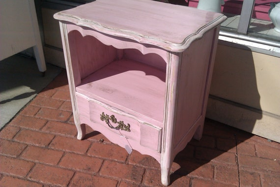 vintage nightstand pink shabby french chic distressed cottage. Black Bedroom Furniture Sets. Home Design Ideas