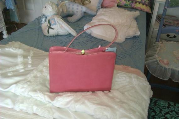 vintage pink leather purse handbag pocketbook leather hand bag pocket book hot pink bubble gum 1950 1960