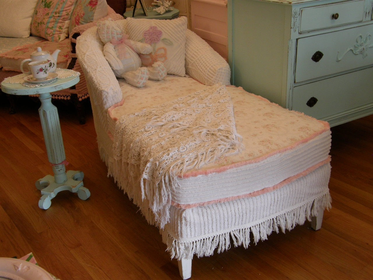 custom order shabby chic chaise lounge by vintagechicfurniture. Black Bedroom Furniture Sets. Home Design Ideas