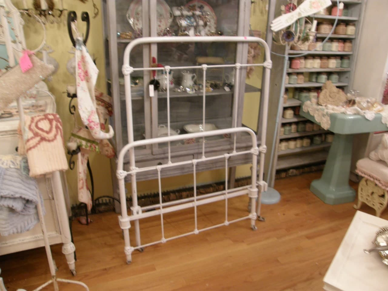 Antique Wrought Iron Bed Frame White Twin Single Shabby Chic