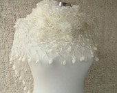 Reserved for Meggy - EXPRESS DELIVERY- Ivory Bridal Mohair Daisy Flower Triangle Shawl - For her mom gift