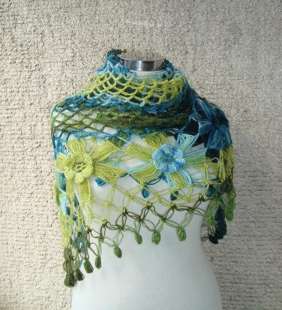 SPECIAL SALE - Degrade Green Mohair Flower Triangle Shawl - For her mom gift - Express Delivery