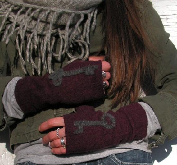 Skeleton Key Gloves -  FIngerless Mittens in Maroon Felted Wool