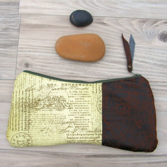 The SqueezE Clutch, Handmade Bag, Vegan Leather Purse, Light Green