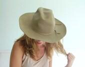 Western Worn Vintage 80s Taupe Beaver Felt Cowboy Hat by Resistol