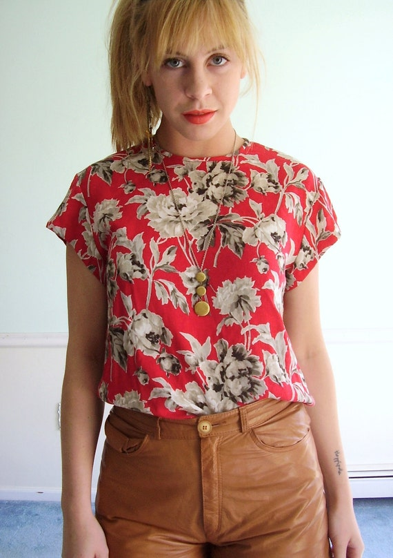 Charcoal Rose Vintage Floral Printed Red Woven SS Blouse Top S/M