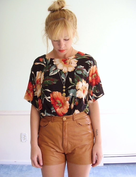 reserved for lauren....Garden Grow Vintage Early 90s Dark Floral Printed Slouchy SS Blouse Top XL