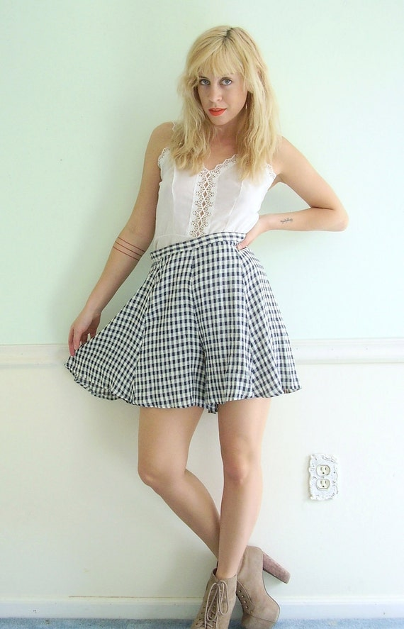 Gingham Checkered Vintage 90s High Waist Skirted Culottes Shorts S M