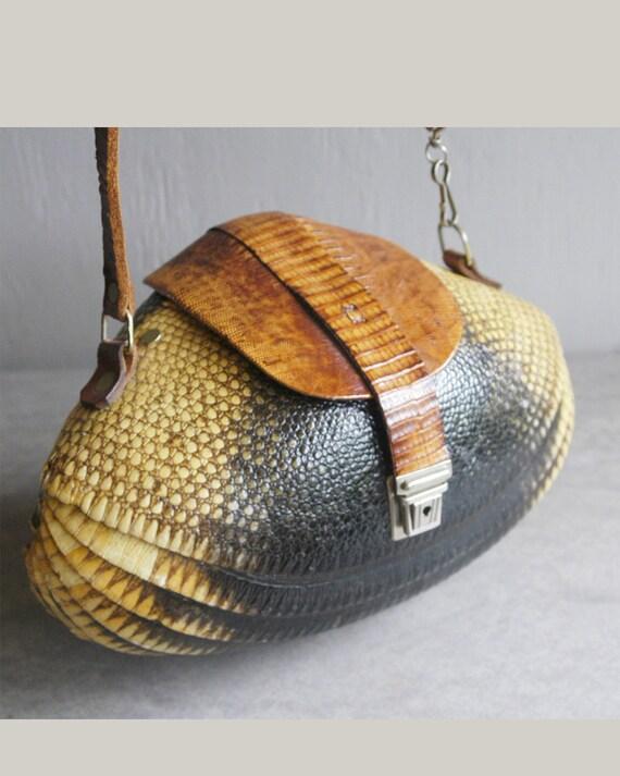 vintage 1940s armadillo purse exotic statement bag collectors piece