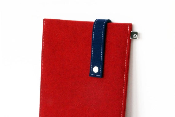 70% OFF CLEARANCE SALE: iPad case - Red and navy wool felt with white snap - fits iPad 1 / iPad 2 / iPad 3