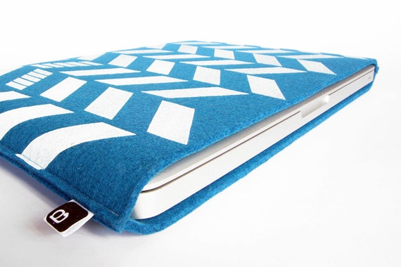 "70% OFF CLEARANCE SALE: 13"" Macbook/MacBook Air sleeve - Original hand printed herringbone design on blue wool felt"