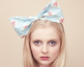 The Lets All Go On A Picnic  Super Cutie Giant Bow Aliceband