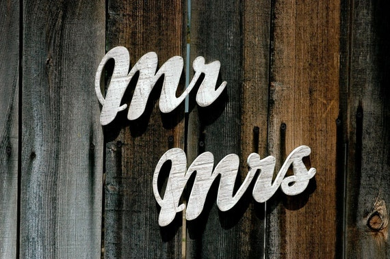MR and MRS - Handmade Wood Signs for Engagement Wedding Anniversary Photo Prop Wall Hanging Gift Marriage Shabby Chic Distressed Rustic