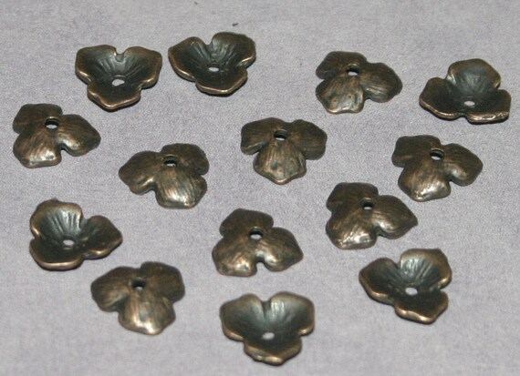 30 x Copper Color Flower or Leaf Bead Caps 11mm
