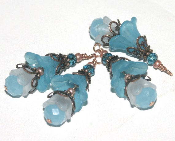 Flower Dangles, Charms, Vintage Style, Wire wrapped Faceted Glass and Lucite, 4 Pieces, Earring Supplies