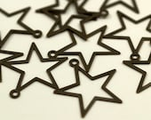 100 pcs  Antique Brass Star Charms  Findings  (24 mm)   K157