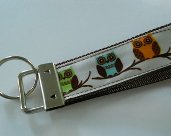 Key Fob - Colorful Owls