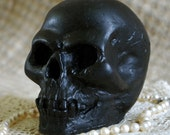 Beeswax Candle Skull Shape in Black