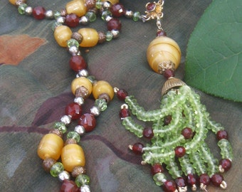 SALE Peridot Carnelian Natural Gemstone Tassel Necklace,Art Deco 1920s Gatsby Style Necklace, Vintage Venetian Glass Statement Necklace,9073