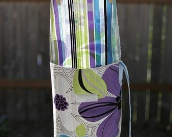 Diaper and Wipes Wristlet in Flowers