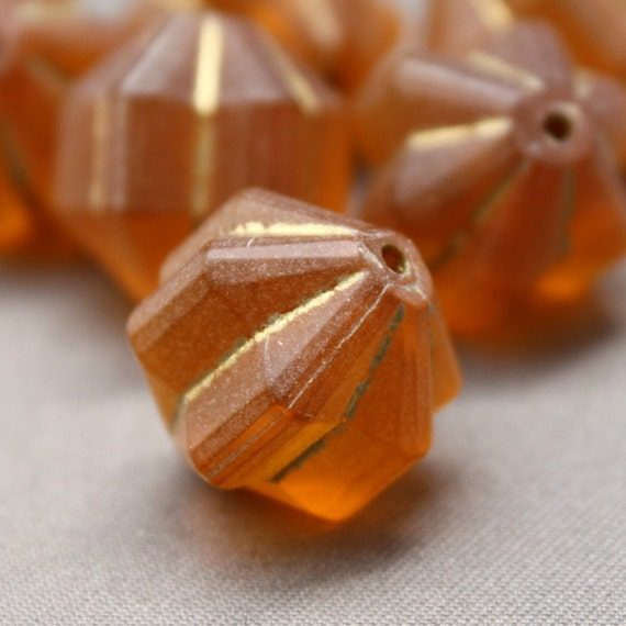 8 Vintage Topaz and Gold Fluted Star Lucite Beads 14mm