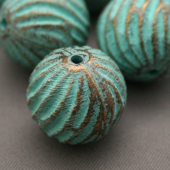 Vintage Beads Copper Lucite Fluted Round Beads Patina 16mm (6)