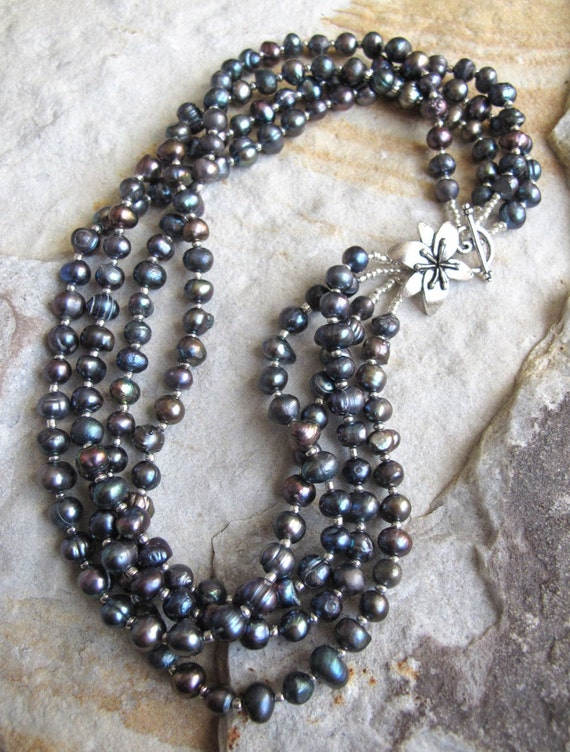Lady Slippers in Grey - Pearl Necklace
