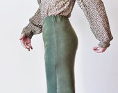 SALE---Vintage Green Knitted Skirt