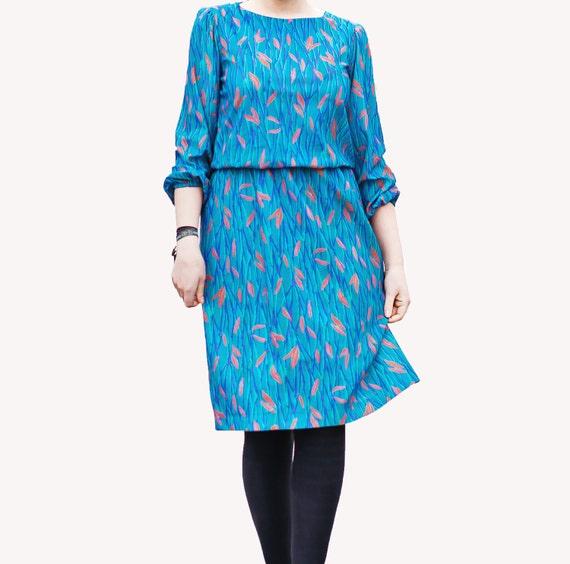 Vintage Floral Blue Dress / Floral Dress