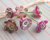 Pretty little flowers - reserved for Karen - Lampwork beads - (6)