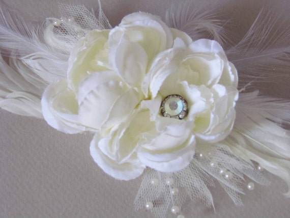 Ivory Bridal Hair Clip with Feathers
