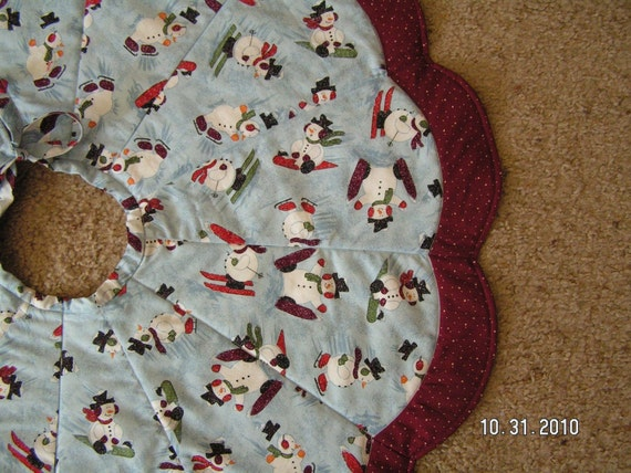 28 Inch Quilted Snowman Tree Skirt