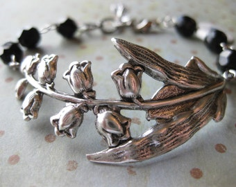Lily's Garden Bracelet in Antiqued Silver and Onyx