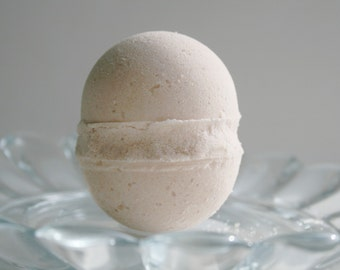 Muscle Therapy Bath Bomb - Aromatherapy Bath Bomb - Natural Bath Bomb