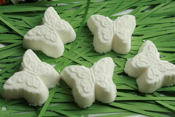Butterfly Bath Bombs in Sleepytime Scent