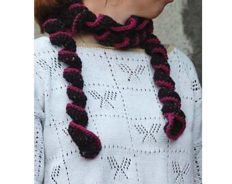 Swirly scarf