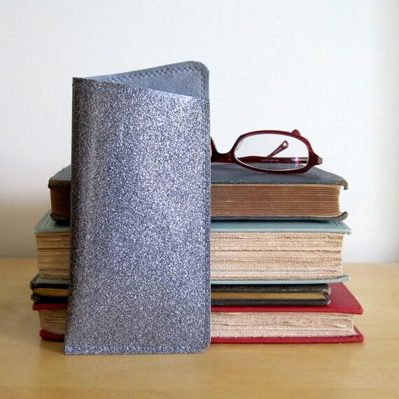 Vinyl Eyeglass Case, charcoal silver sparkle vinyl / executive grey ultrasuede, size SMALL