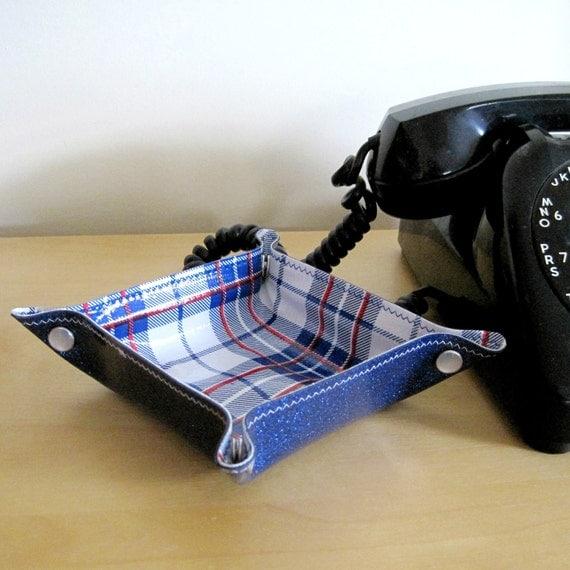 Vinyl Tray Travel Organizer, royal blue sparkle / thermos plaid oilcloth, size SMALL SQUARE