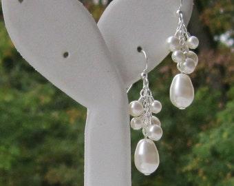 Bridal Pearl Earrings, Wedding Jewelry, Bridal Jewelry, Bridal Earrings, Gift for Bridesmaids, Pearl Cluster Dangles, I Feel Pretty