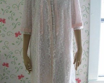 Odette Barsa Ballerina Length Pale Pink Robe Lots of Lace and Ribbon Gorgeous Detailing Vintage