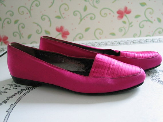 Hot Pink or Fushia Bottega Veneta Satin Shoes Soft Leather Inside Gorgeous Color Sz 6 B Italy Vero Cuoio