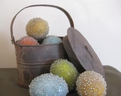 rustic Easter basket, tin with 4 beaded easter eggs