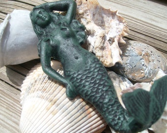 Mermaid cast iron hanger in forest green